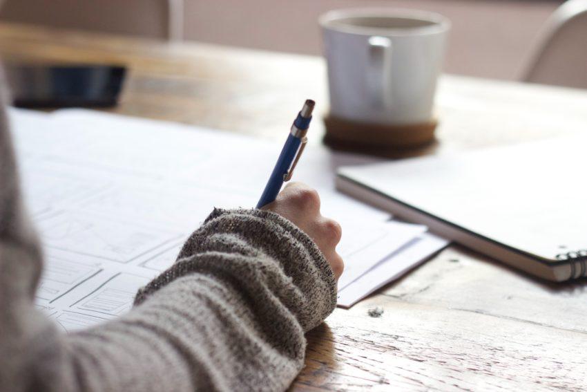 ブログ運営は挫折の連続|結果を出すには知識と継続が必要