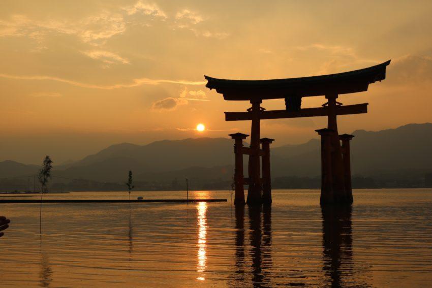 【宮島へのアクセス】大阪からのおすすめの交通手段|新幹線・車を利用