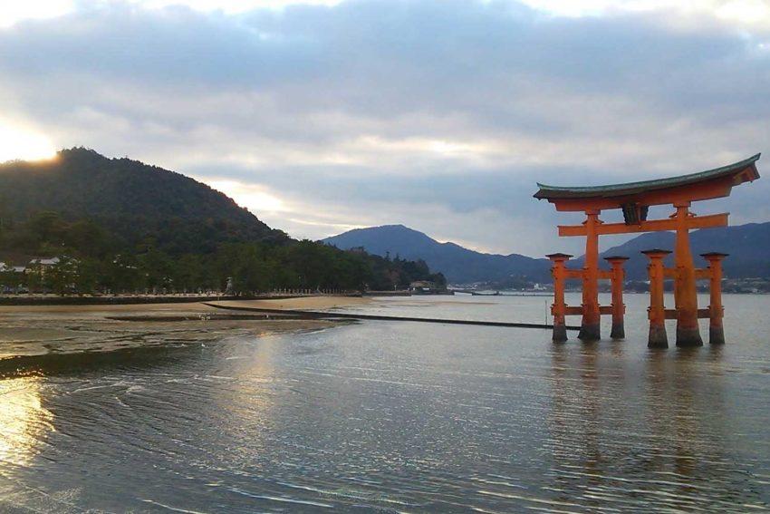 【宮島へのアクセス】東京からのおすすめの交通手段|飛行機・新幹線を利用