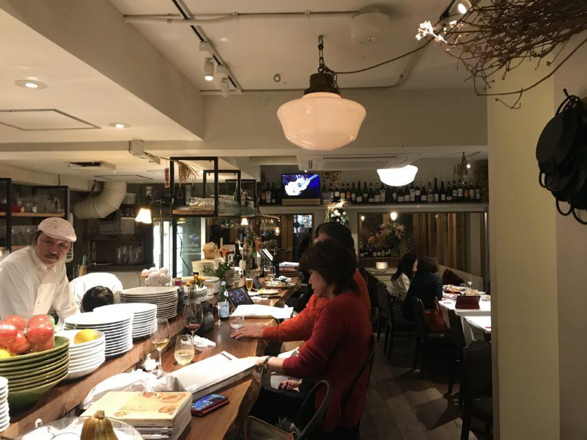 Cafe BARAKA 店内