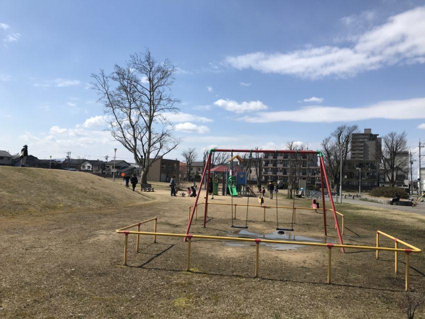 東中野公園 遊具