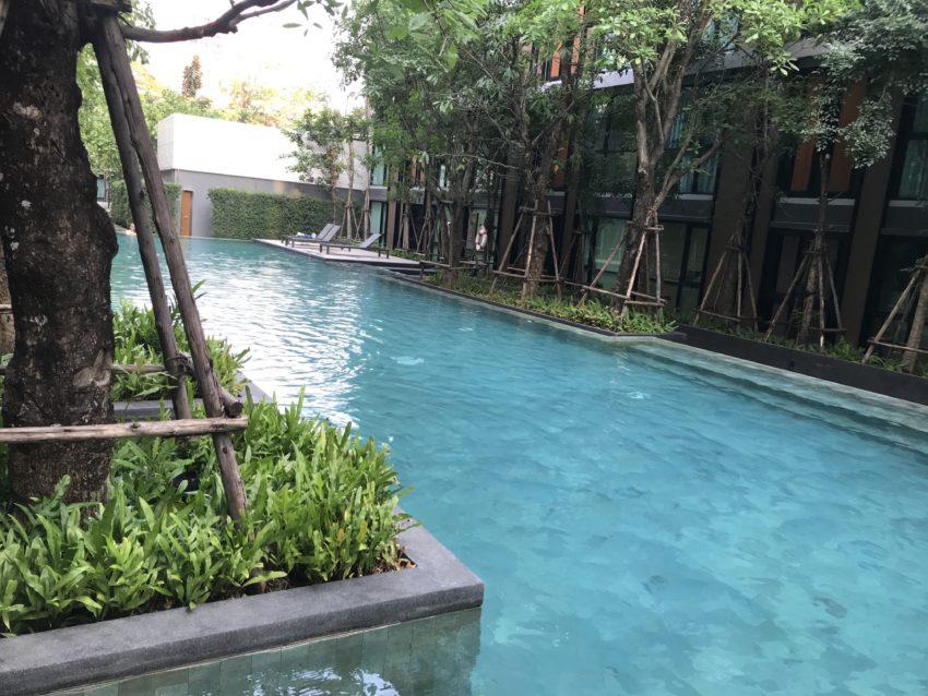 Airbnb滞在先 プール