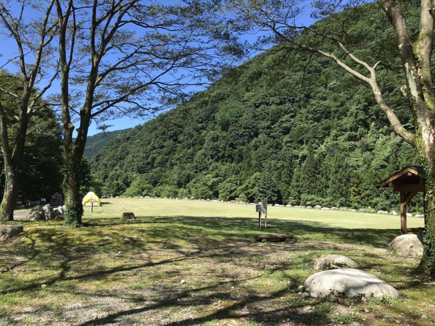 片貝山ノ守キャンプ場 フリーサイト