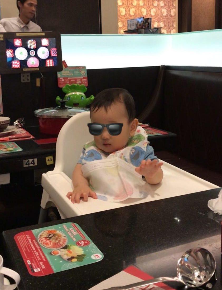 MKレストラン 子ども椅子