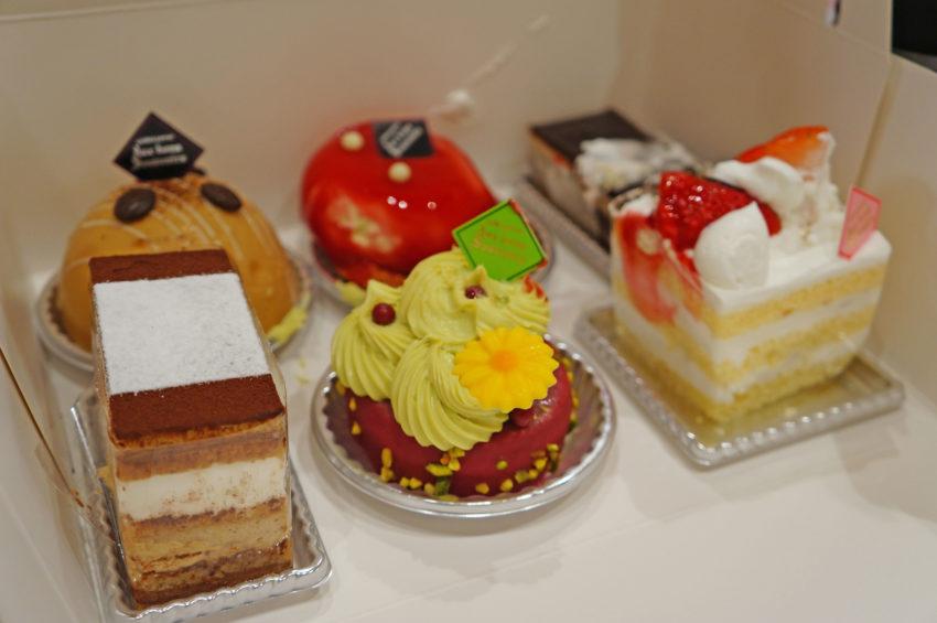 オーボン スーヴニールのケーキ