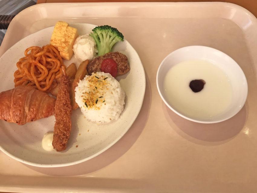 朝食 お子様ランチ
