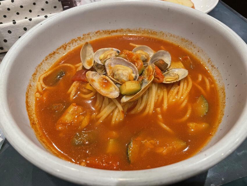 アサリ・地中海野菜のトマトスープ